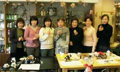 店内開催オリジナル香水作り講習