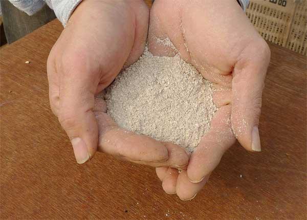 カキ殻石灰